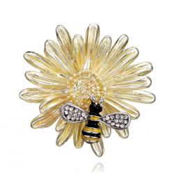 Segė gėlė su bite