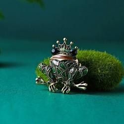 Segė varlė karalienė